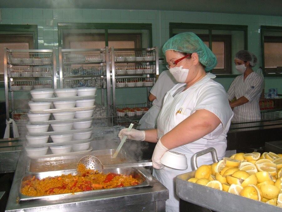 Sanitat forma al personal responsable de realizar la - Comedores escolares alicante ...