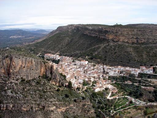 Vista de Chulilla. FOTO: Blog Andatiocanya.blogspot.com.es
